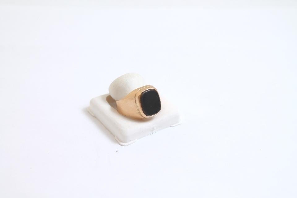 мъжки златен пръстен